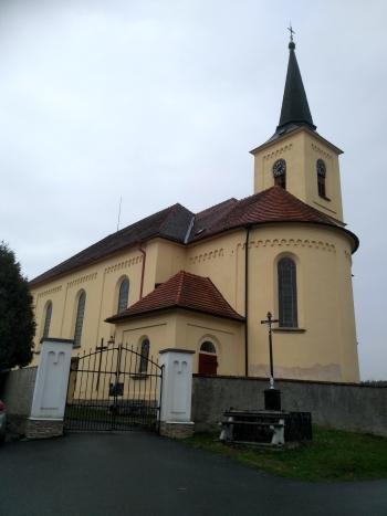 (4) kostel v Hartvíkově