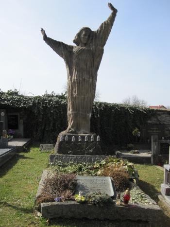 (5) Modlitba nad hroby - Chýnov